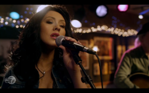 Christina Aguilera could totally do country.