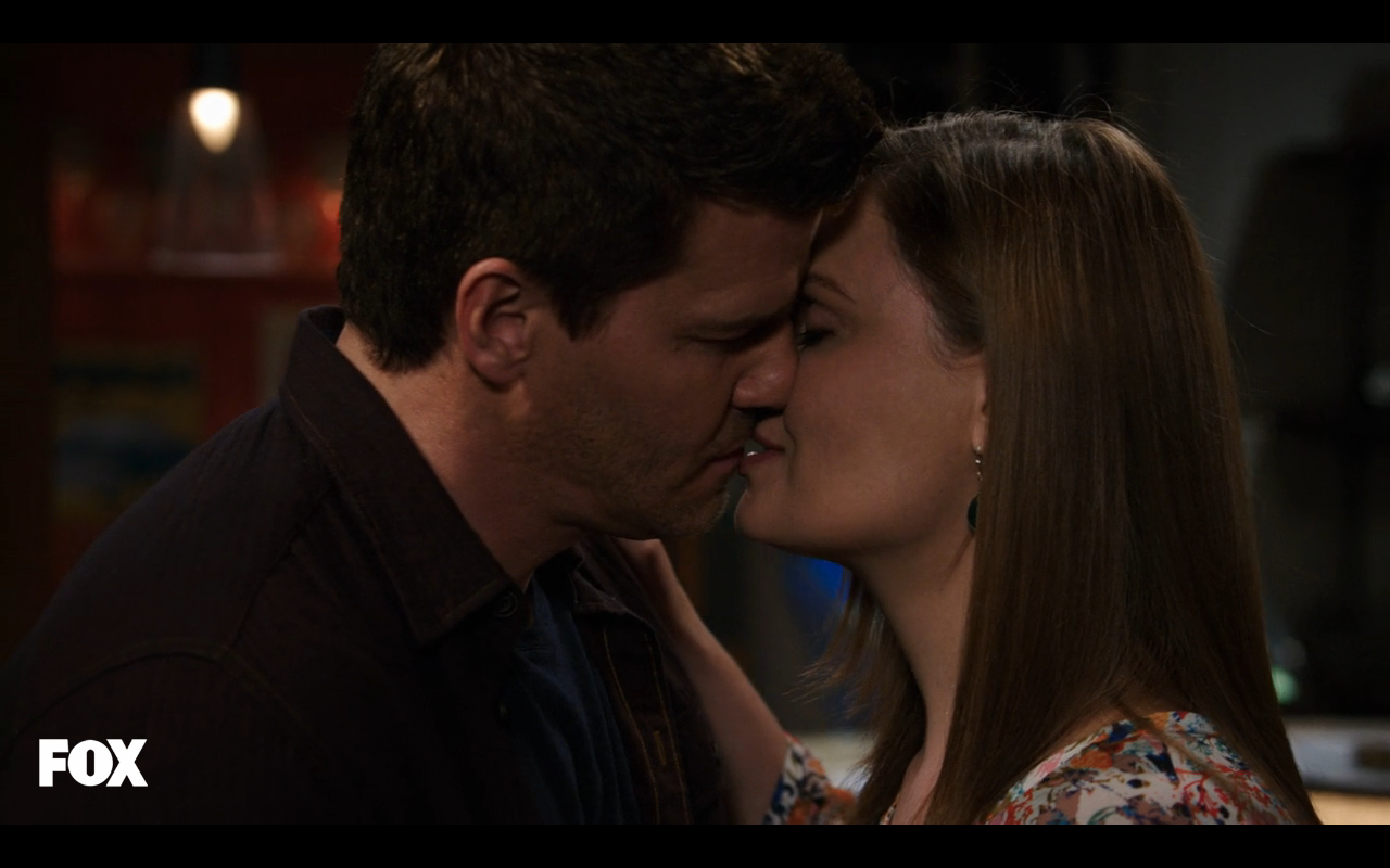 Bones and booth having sex — pic 14
